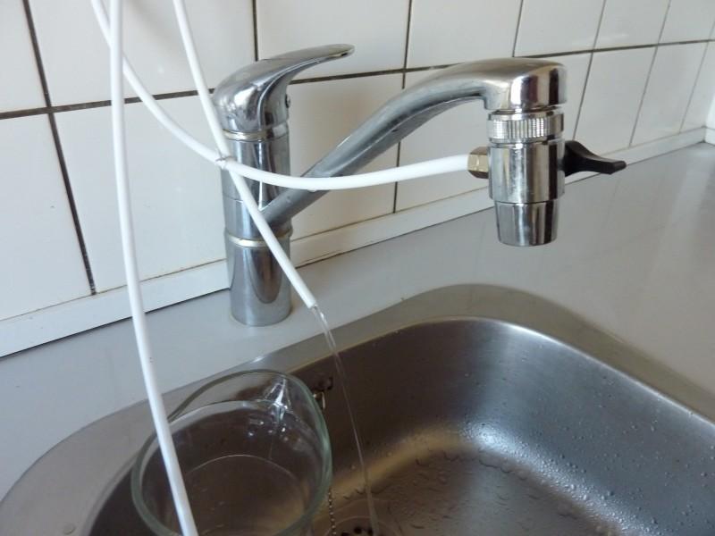 Tilslutning af vaskemaskine til vandhane